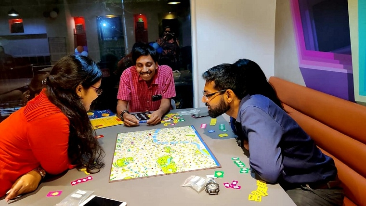 The Hungry Happy Hippy: Enter the world of board games and community gaming... where fun is taken rather seriously