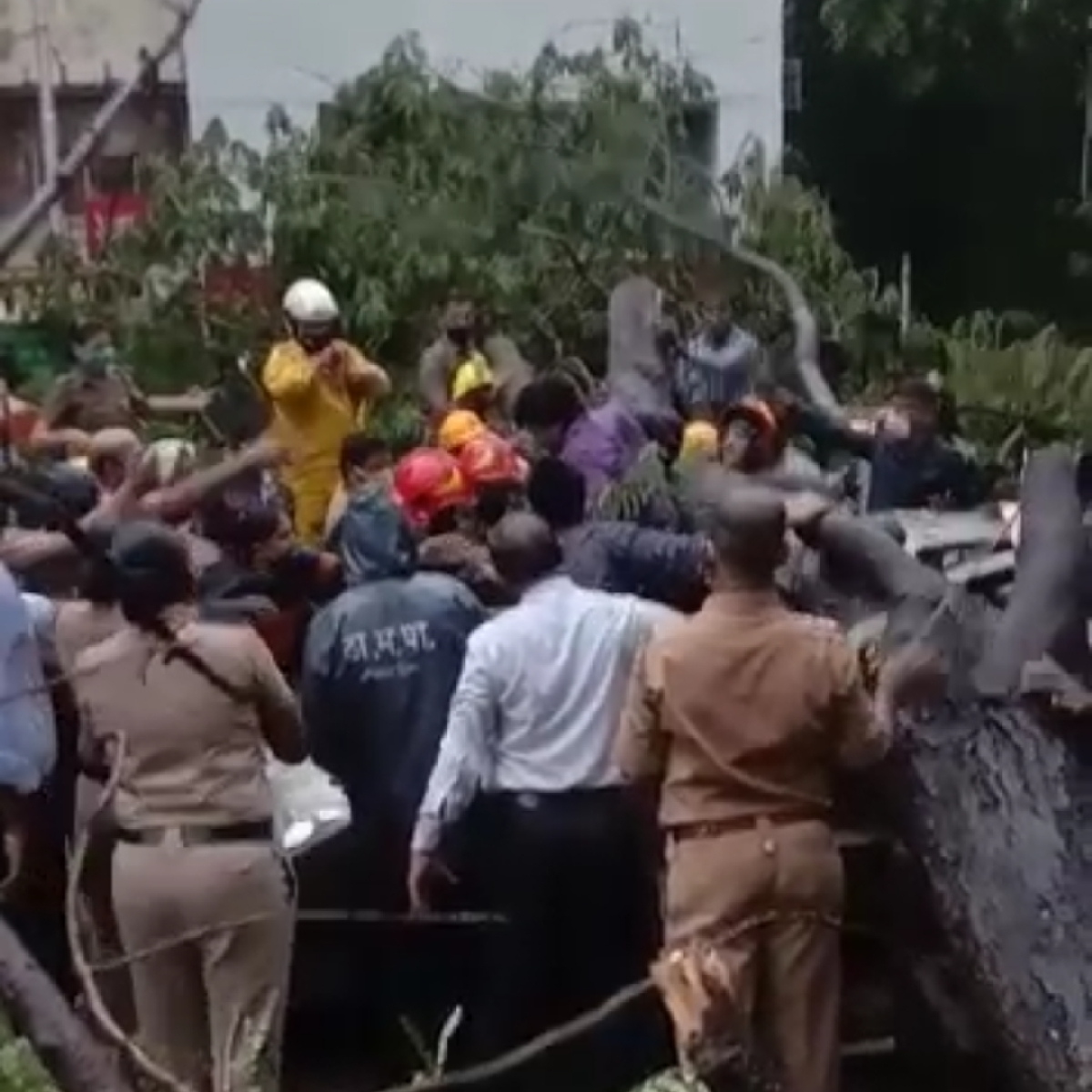 Cyclone Taukate: Man who survived tree fall in Thane was stuck inside car for 90 minutes