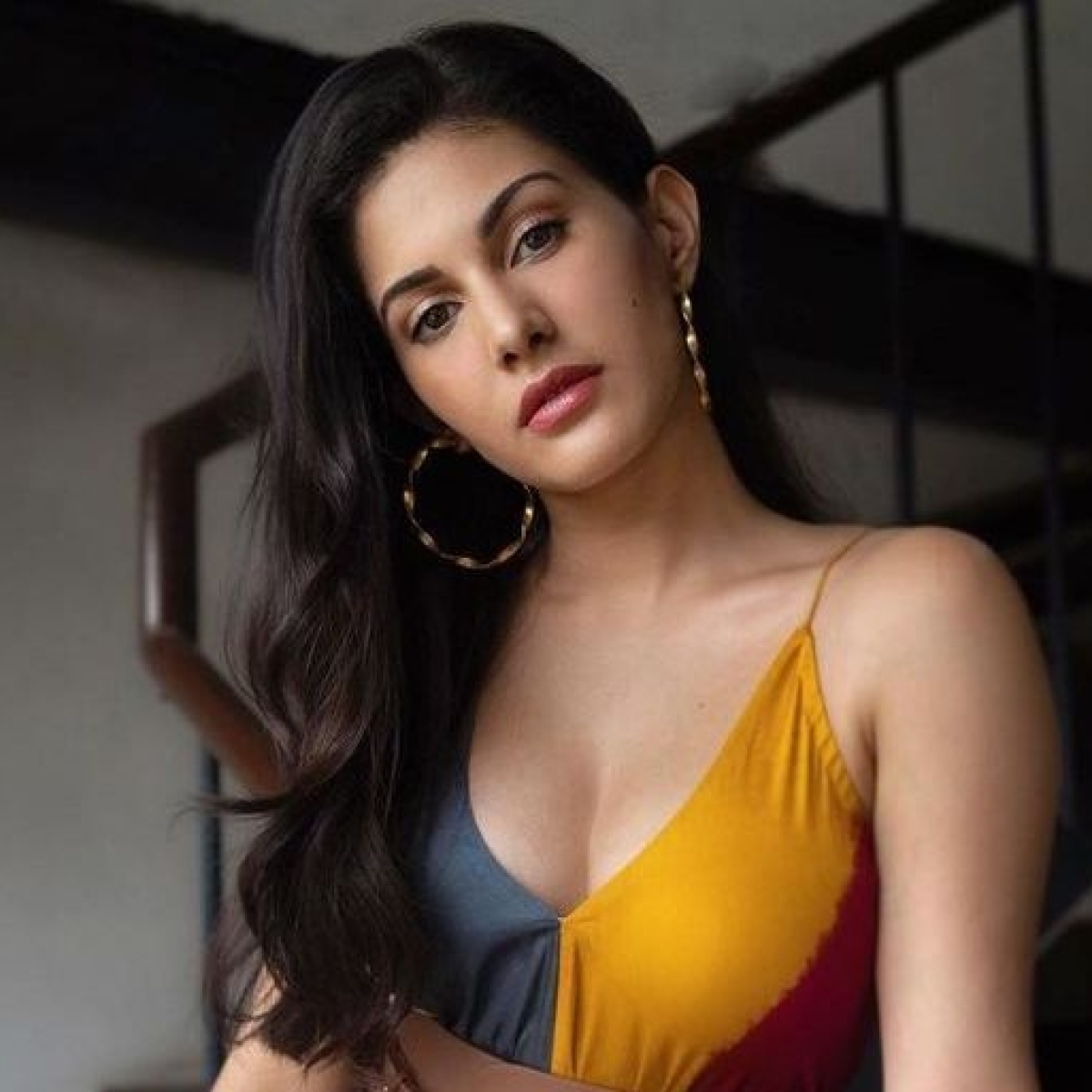 'Greedy for fame': Amyra Dastur trolled for sharing screenshots of helping people amid COVID-19 crisis