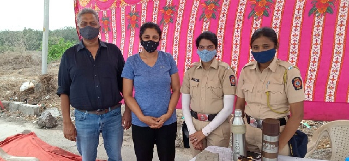 Mumbai: Chembur couple continues cuppa for cops on duty, spreads smiles & cheer