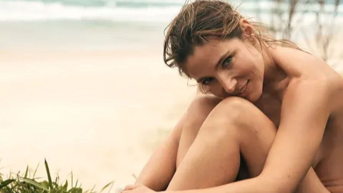 Chris Hemsworth's wife Elsa Pataky poses topless for magazine cover shoot