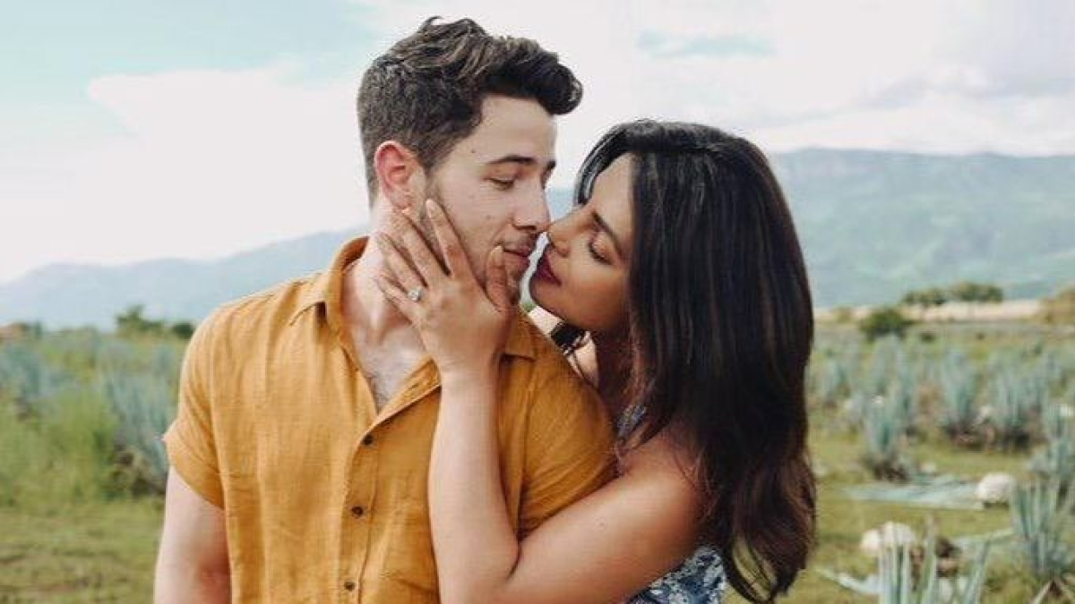 Nick Jonas reveals he has a 'sex playlist', says 'It is important to play good songs while making out'
