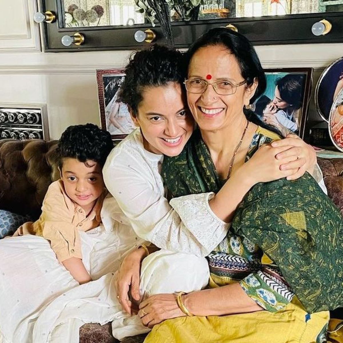 Kangana Ranaut spends time with family and friends after battling COVID-19; shares her most challenging phase