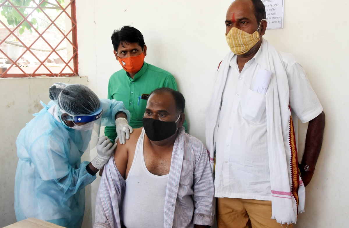 Bhopal: Fear of death keeps villagers away from getting vaccinated