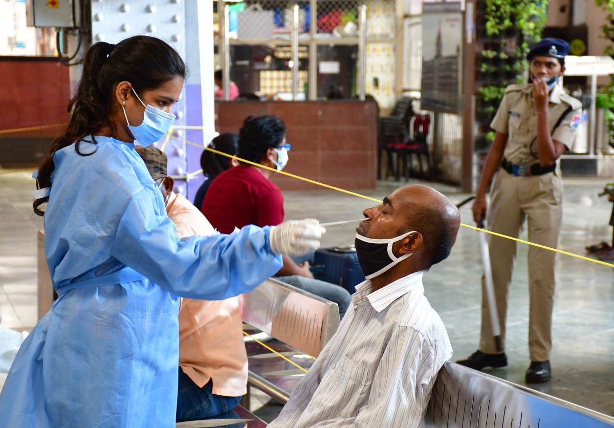 Mumbai: Demand for Covid tests drops 40% in city labs amid strict lockdown curbs