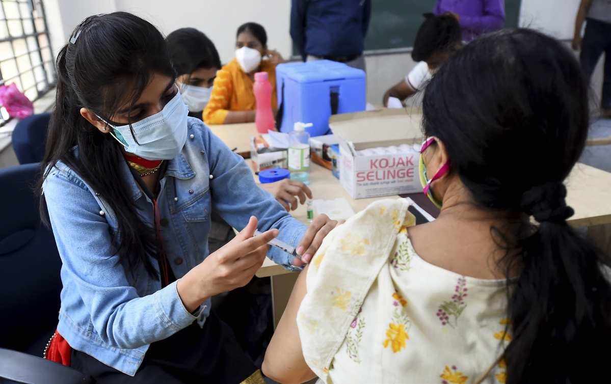 COVID-19: Maharashtra continues to top among states with cumulative vaccination of 2.07 crore citizens