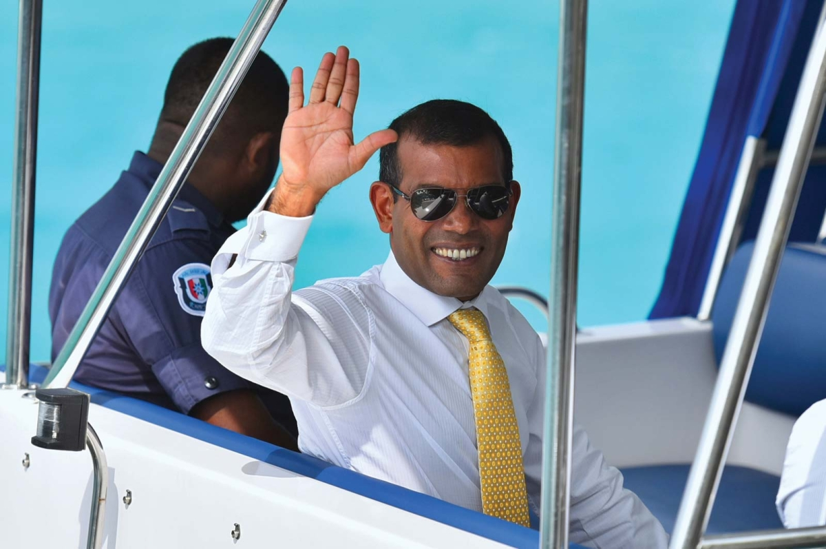 Maldives former President Mohamed Nasheed injured in bomb blast