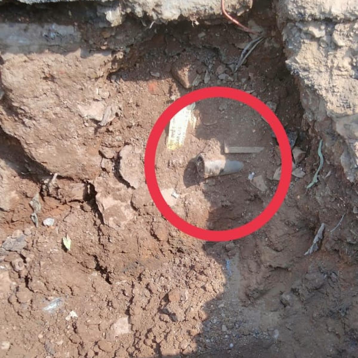 Thane: Mahanagar gas pipeline opposite to TMC chief's bungalow damaged