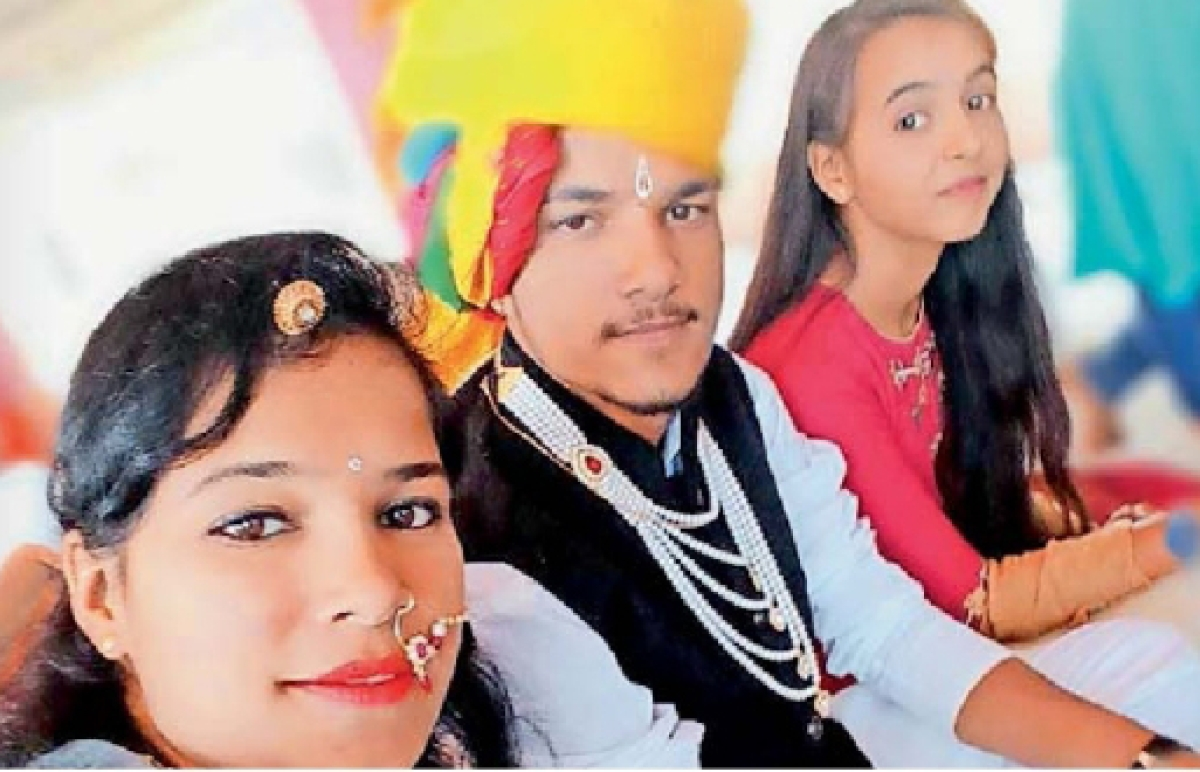 Bridegroom late Ajay Singh Dodiya with his family members