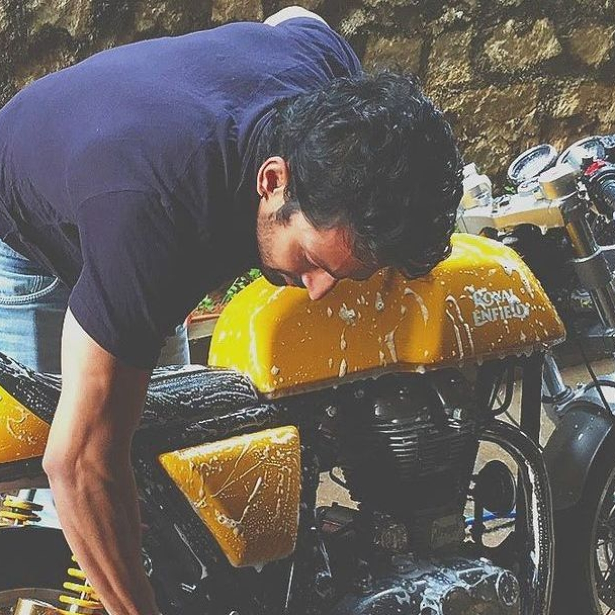 Harshvardhan Rane sells his bike to buy oxygen concentrators for the needy amid COVID-19 crisis