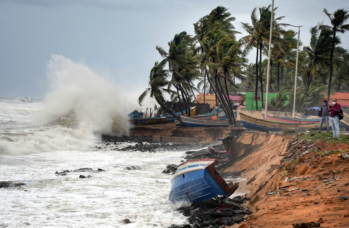Cyclone Tauktae: Airports Authority of India suspends flights in Lakshadweep; asks officials to take precautions