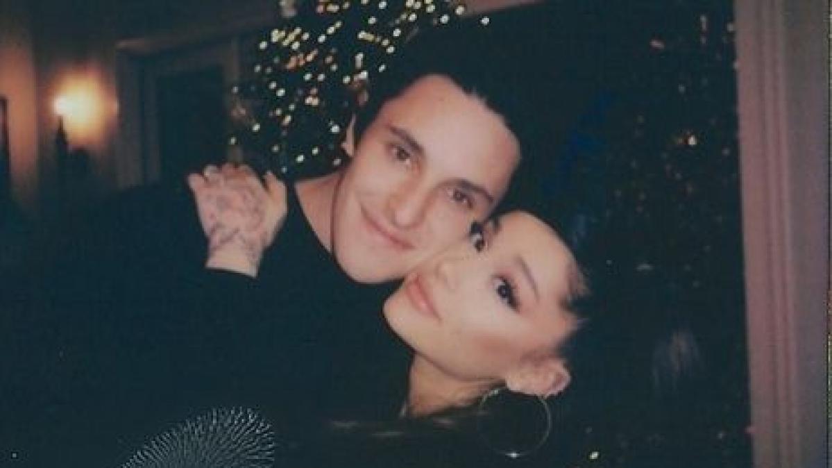 Ariana Grande marries realtor Dalton Gomez in a tiny and intimate ceremony