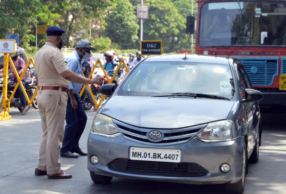 Mumbai: 466 cases registered against lockdown violators on Wednesday, 571 booked