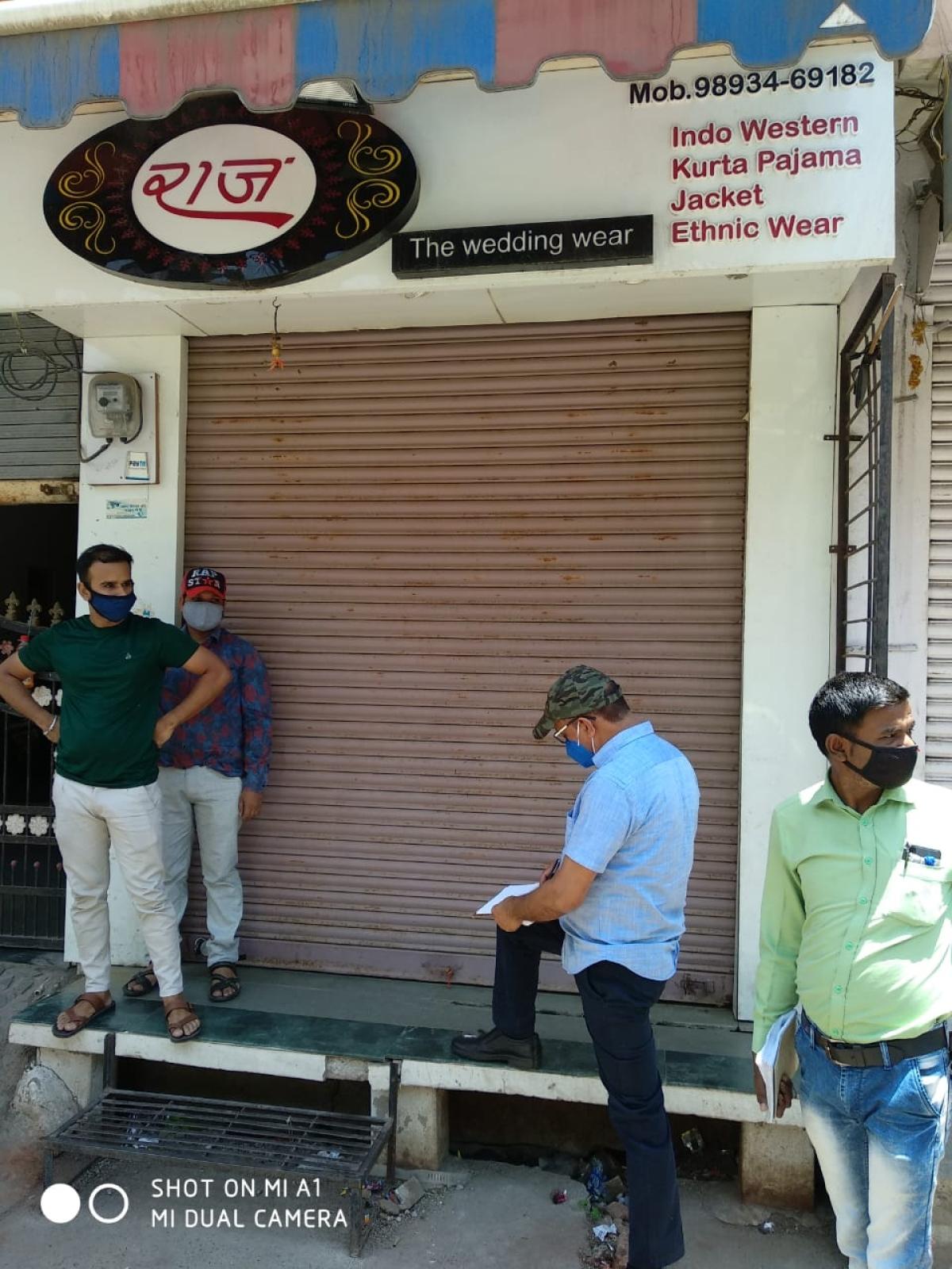 Ujjain: Three shops of Covidiots sealed