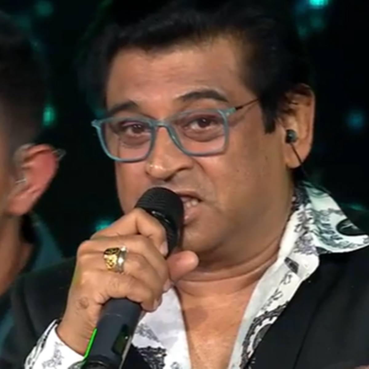 'Was told to praise contestants, did it for money': Amit Kumar on 'Indian Idol 12' Kishore Kumar tribute