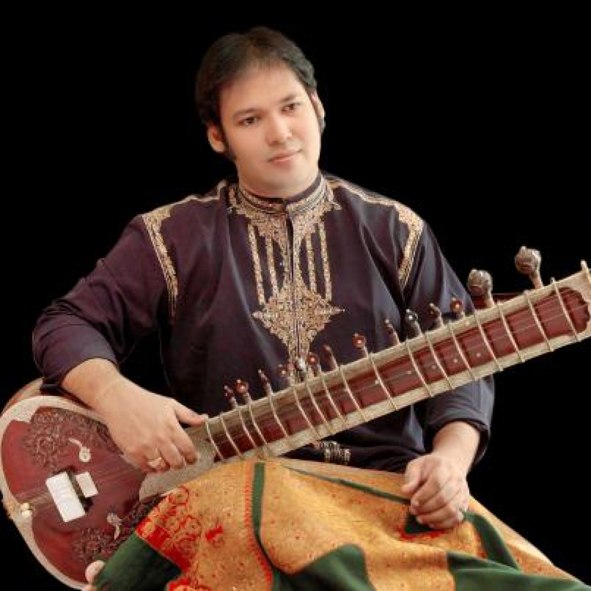 A week after father Pandit Devbrata Chaudhuri, sitar player Prateek Chaudhuri dies of COVID-19