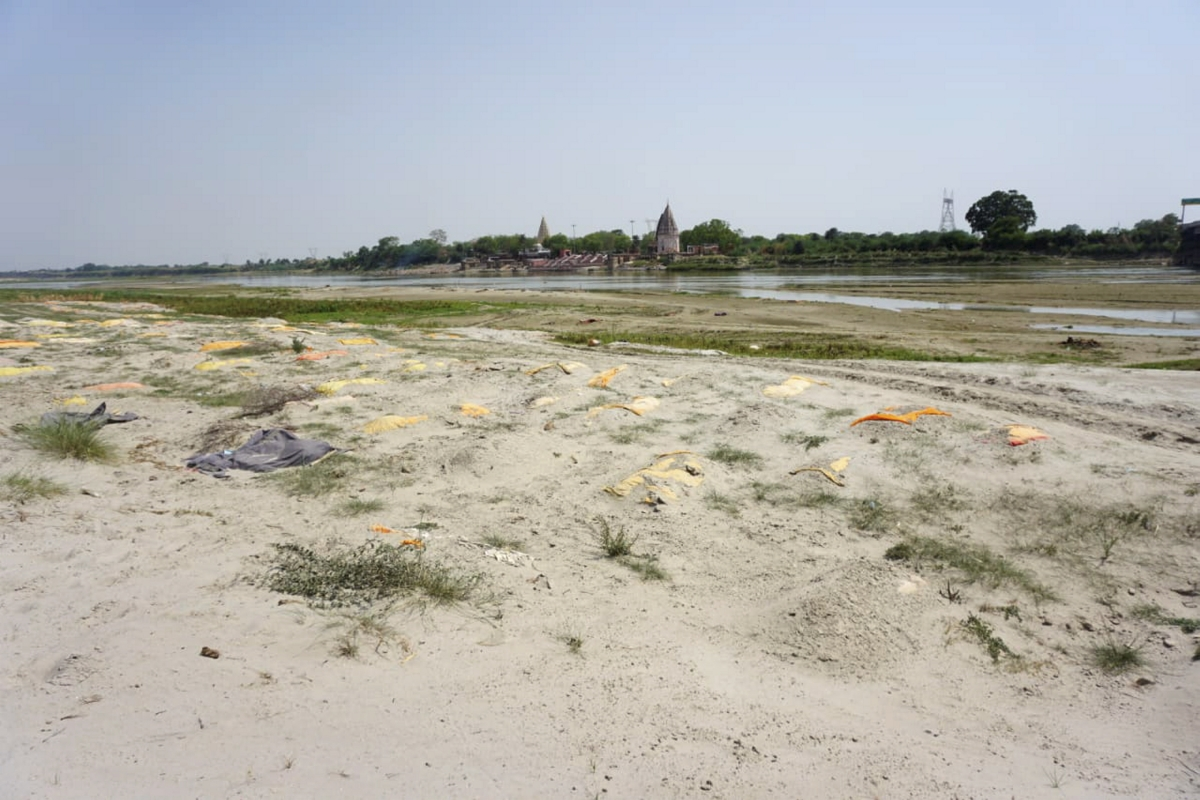 Horrifying! Over 2,000 bodies found within 1,140 kms on banks of River Ganga in Uttar Pradesh
