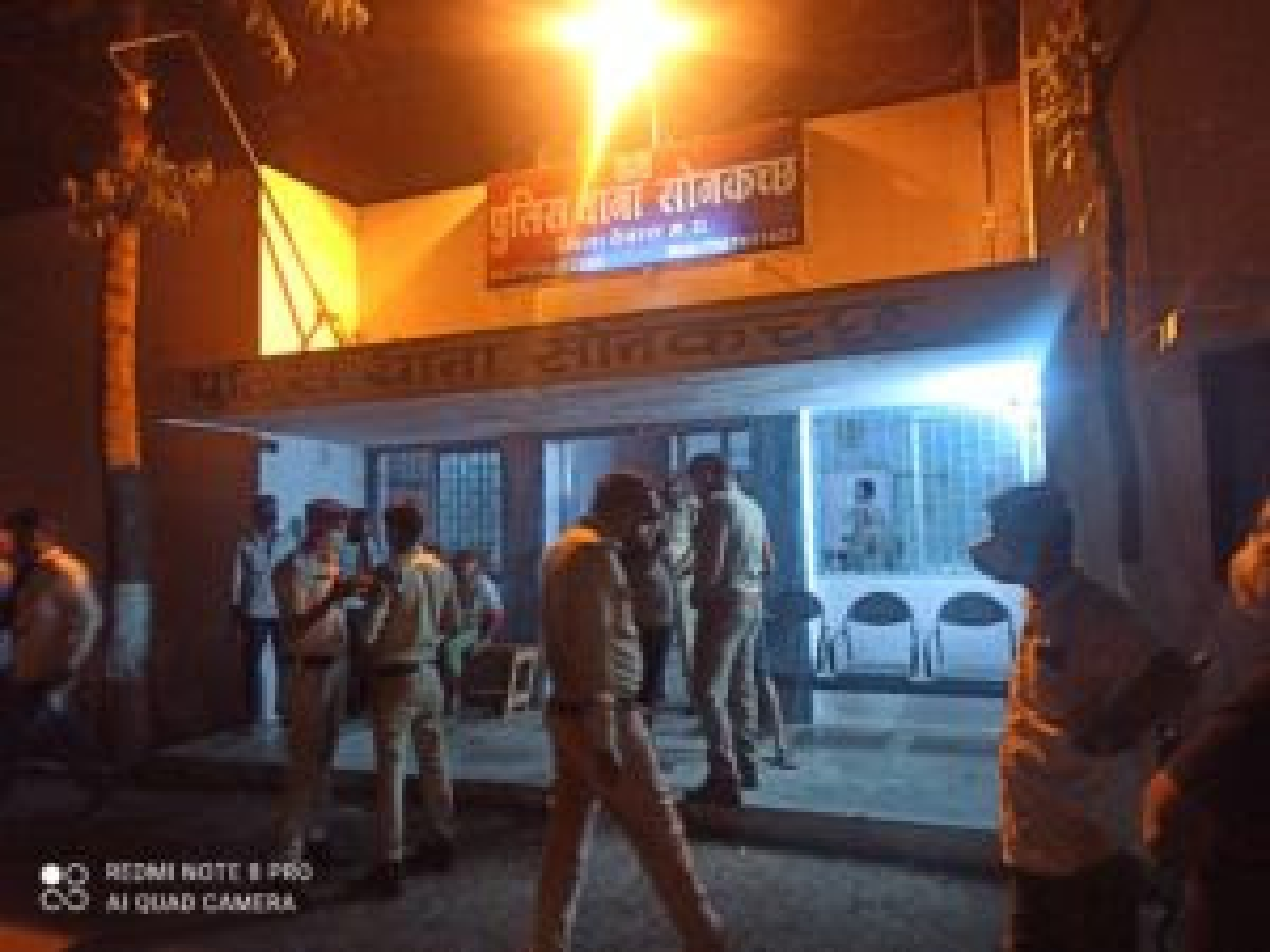 Sonkatch police station incharge Hitesh Patel said deceased was identified as Raju, son of Chand Kha Jamadar, a resident of Ward No 10