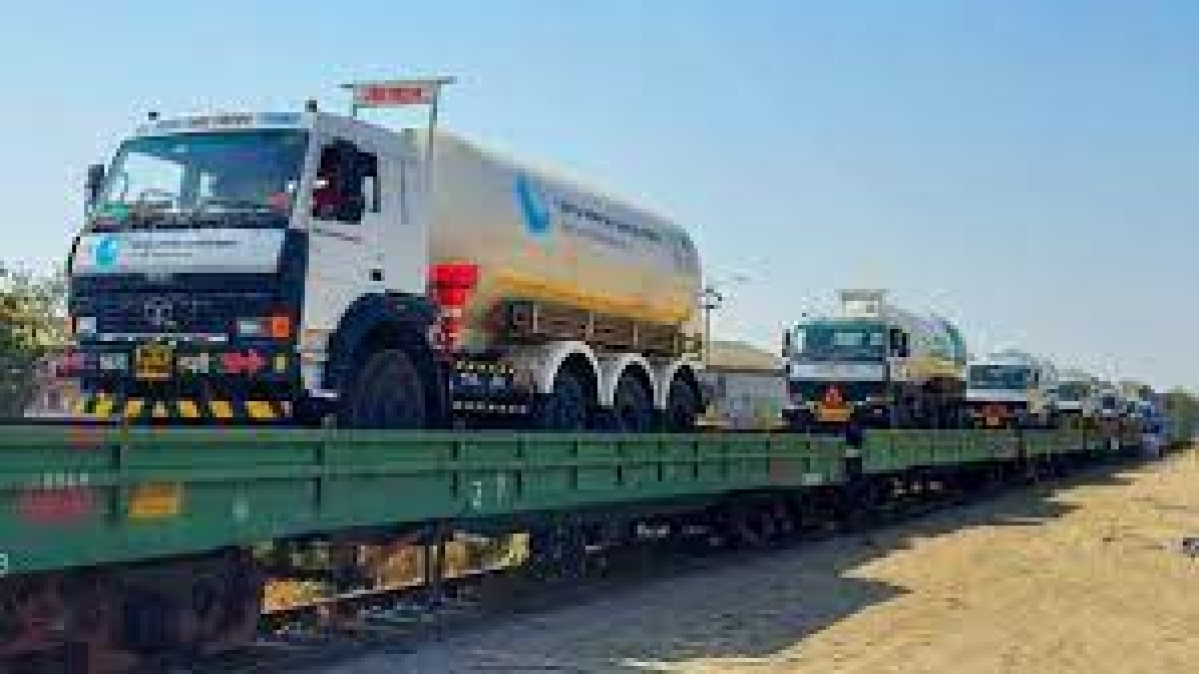 The railways reached the milestone of transporting 10,000 tonnes of liquid medical oxygen on its Oxygen Express trains on Monday morning, and the service now covers 13 states