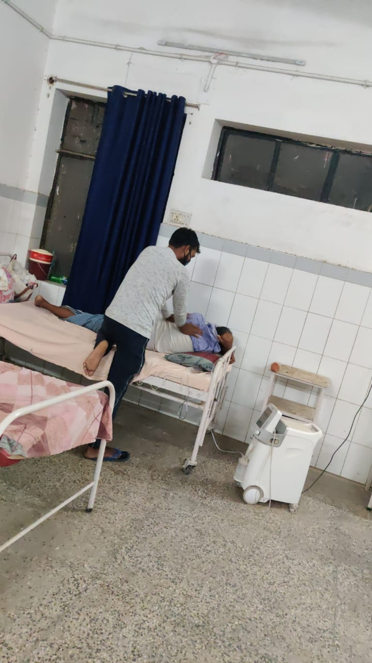 Pandit Kamla Pati Tripathi Zilla hospital with 10 dedicated covid beds