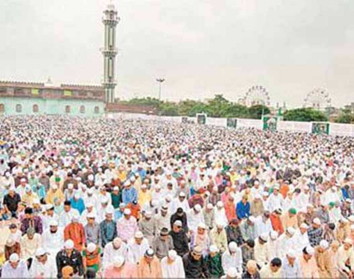 Covid-19: Cases against 200 people for thronging mosques in Madhya Pradesh