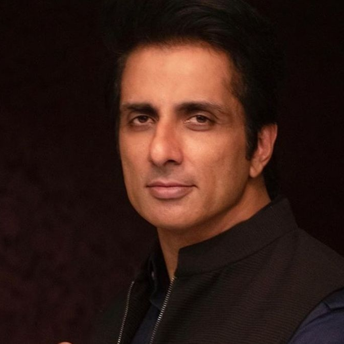 Sonu Sood to set up oxygen plants in Kurnool, Nellore hospitals, says 'It's time to support rural India'