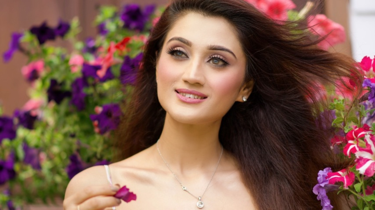 Arushi Nishank's video 'Wafa Na Raas Aayee' hits 100 mn views