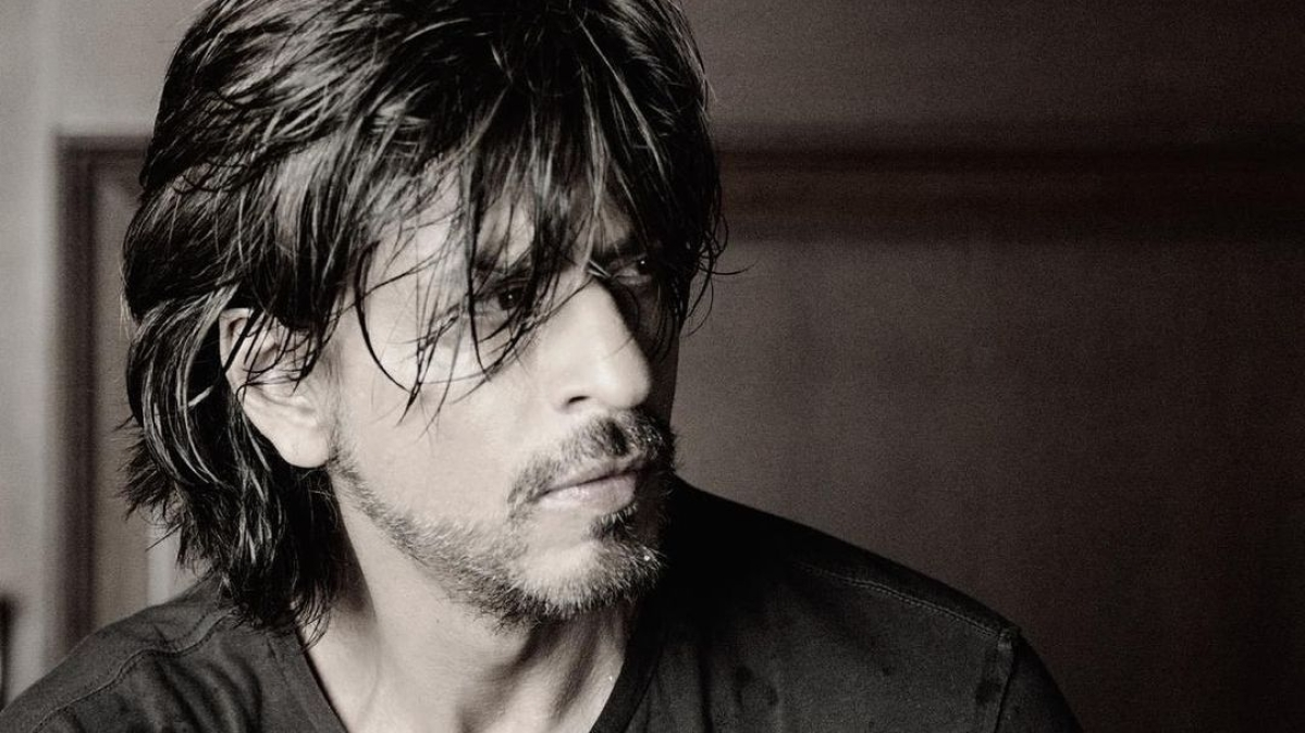 Shah Rukh Khan extends Eid wishes with a monochrome pic, prays for 'health and strength' amid pandemic