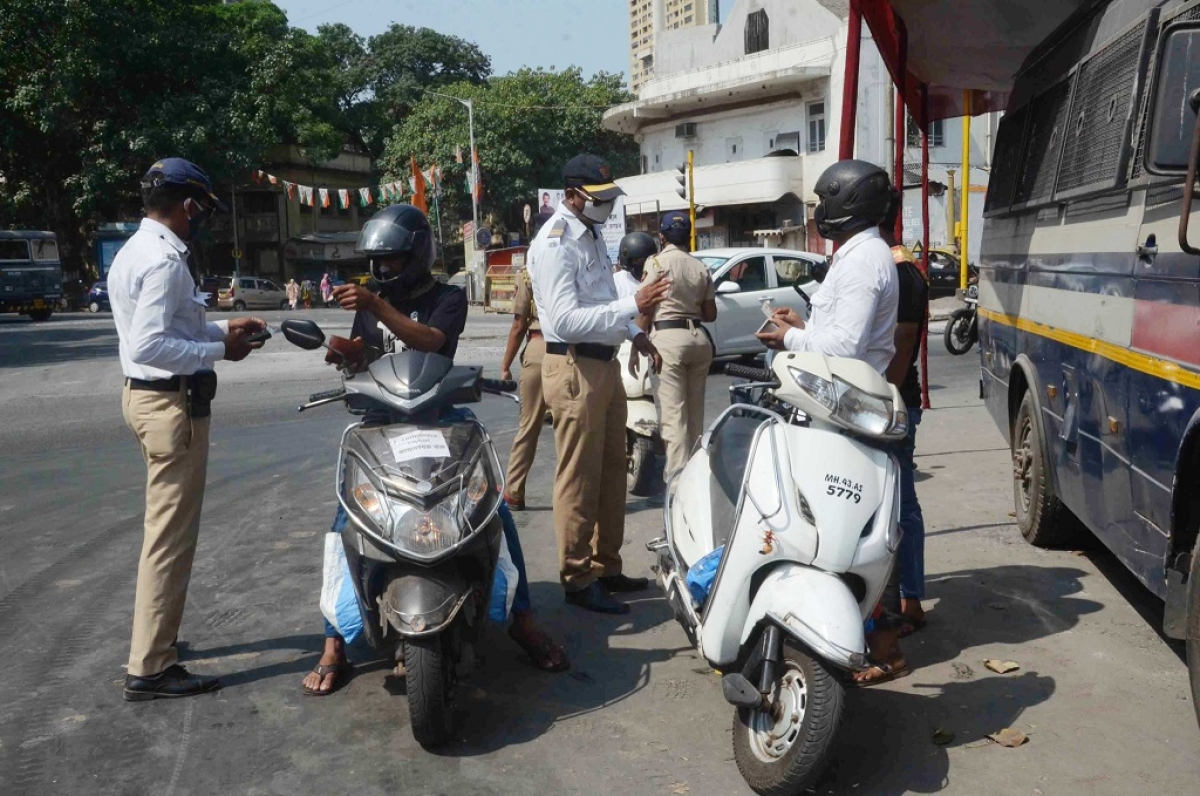 Mumbai: Number of facemask violations dip, BMC collects Rs 55 cr in 418 days