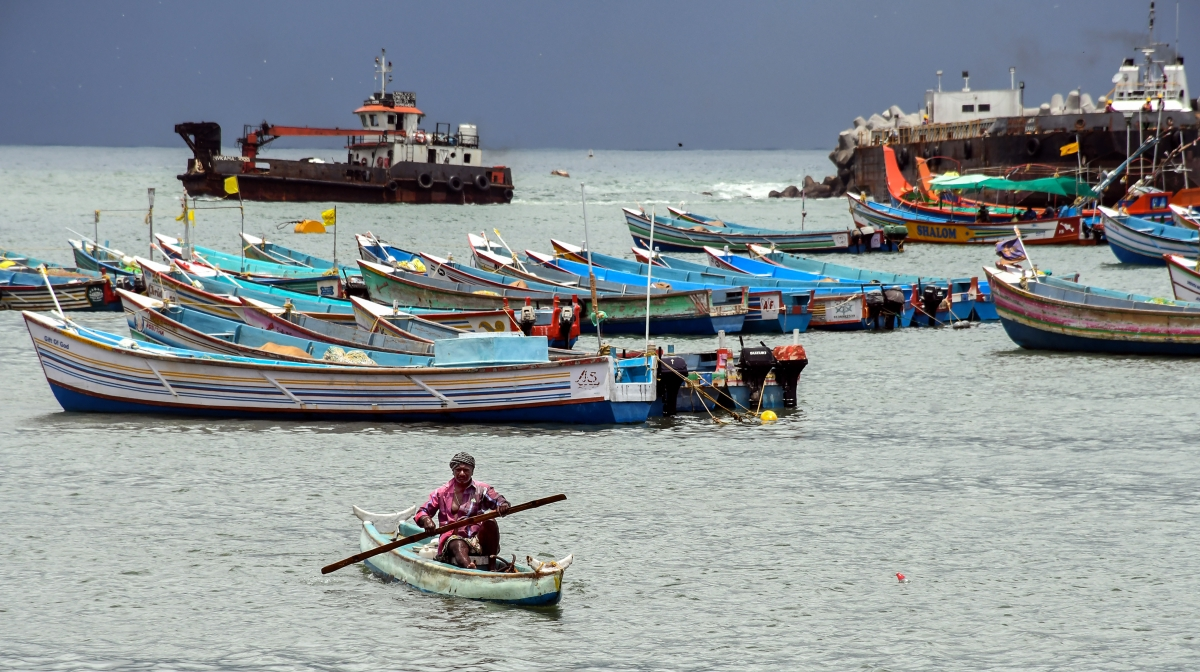 Maharashtra: 142 boats return to Raigad shore amid cyclone warning