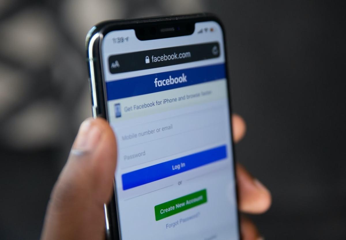 #BoycottFacebook trends on Twitter after social media giant removes pages of Hindu Janajagruti Samiti