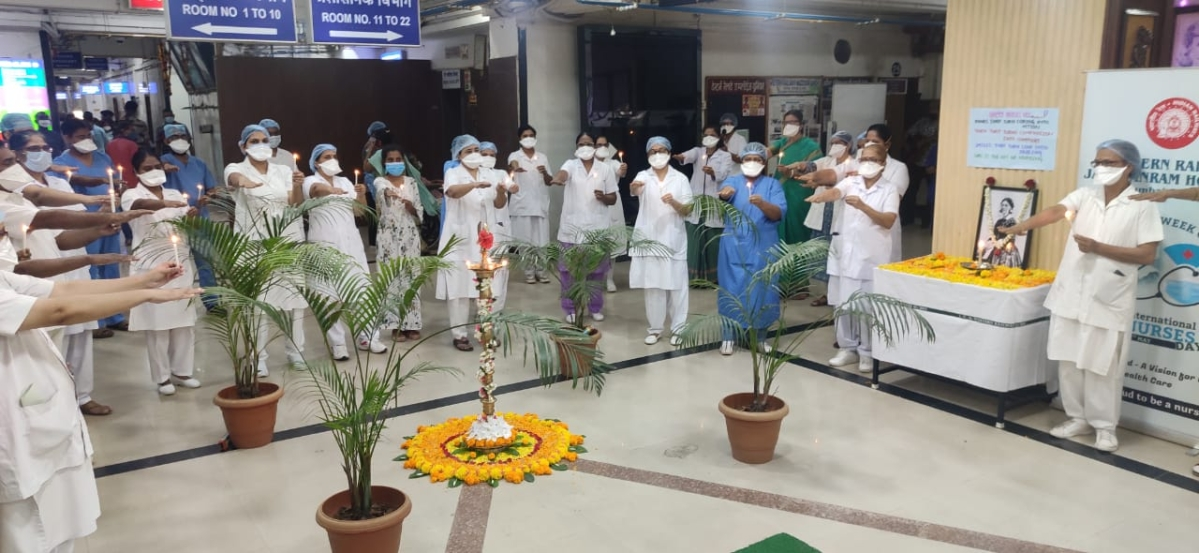 WRWWO President, Tanuja Kansal awards ₹50K to nurses at WR's Jagjivan Ram Hospital