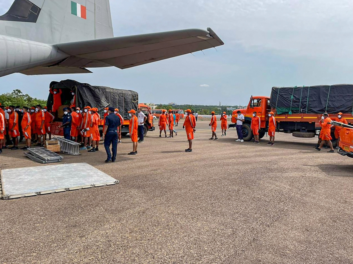 In the wake of the cyclone Tauktae alert, two C-130 J aircraft of IAF airlifted three NDRF teams comprising of 126 personnel and equipment from Bhubaneswar to Jamnagar, Gujarat.