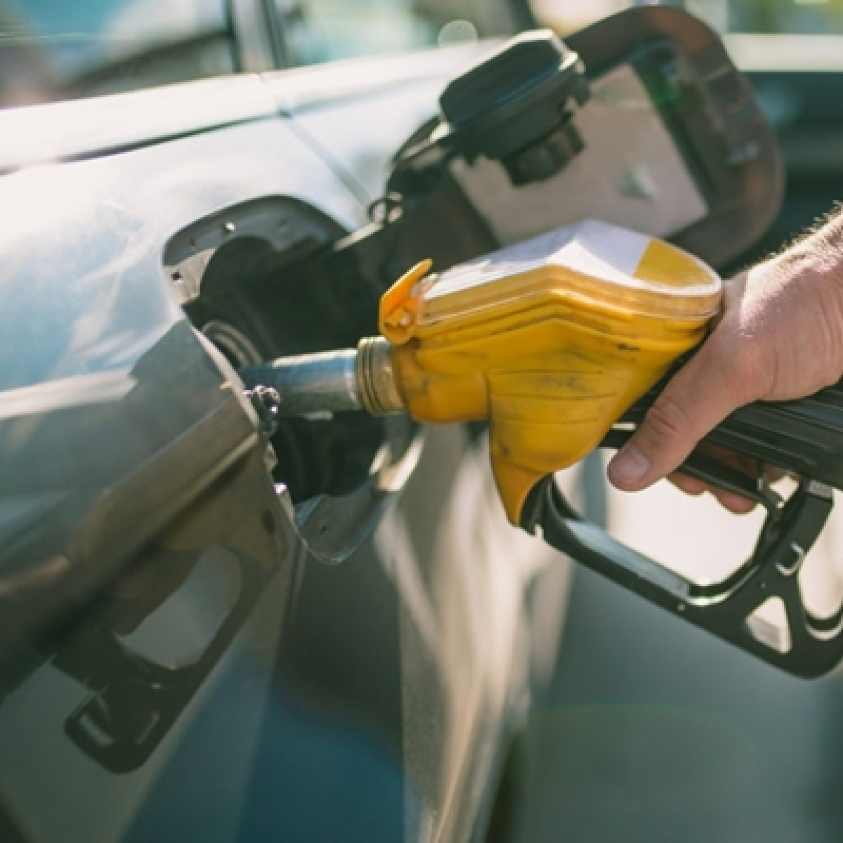 Fuel prices touch new highs; petrol rate nears Rs 100-mark in Mumbai