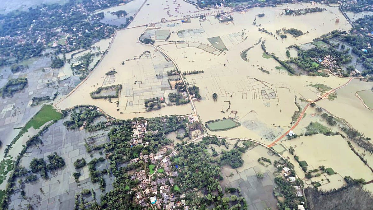 Odisha Chief Minister Naveen Patnaik conducts an aerial survey of Cyclone Yaas affected areas on Thursday.