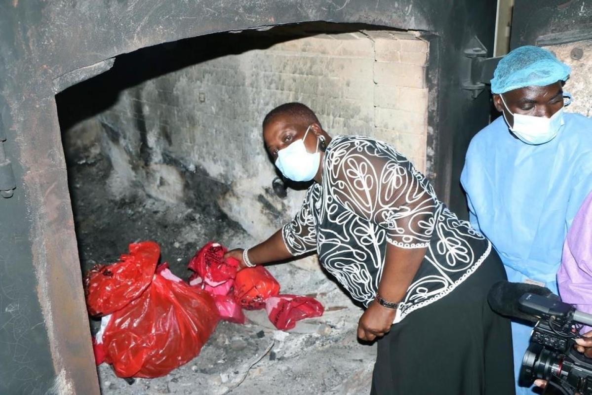 Malawi burns 20,000 AstraZeneca vaccine doses that expired
