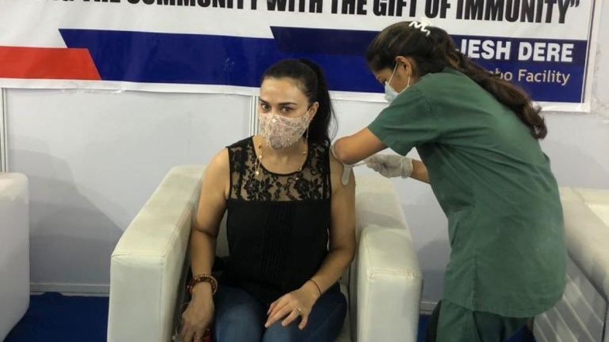 Preity Zinta receives second jab of COVID-19 vaccine, urges people to get vaccinated