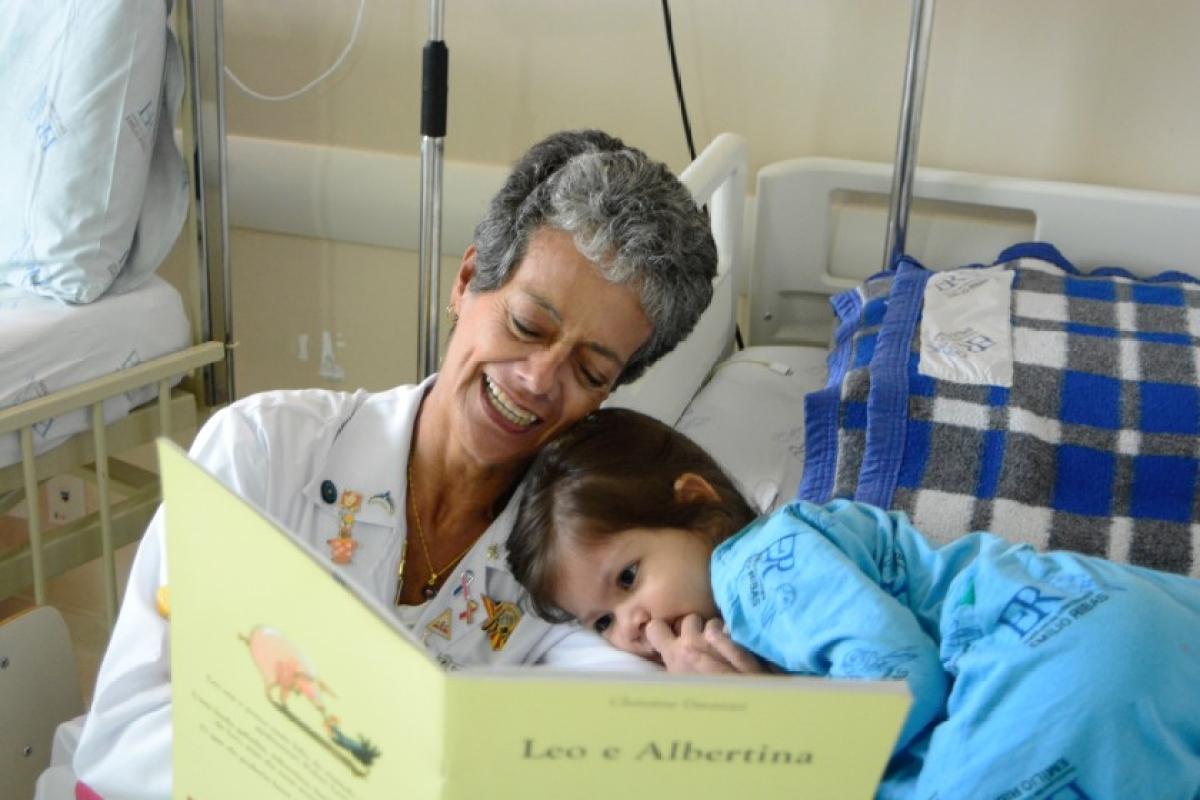 Storytelling reduces pain, stress in hospitalised children: Study
