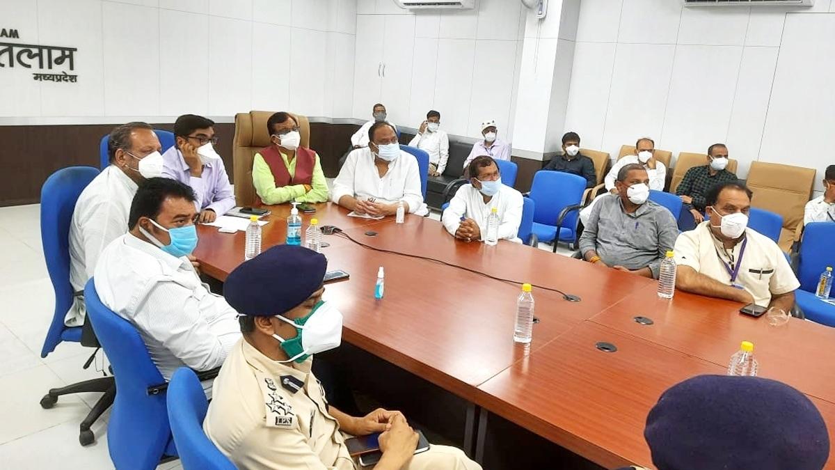 Ratlam: CM Shivraj Singh Chouhan for special plan to control corona in district