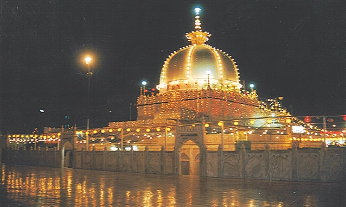 'When shrouds are selling more than new clothes…': Deewan of Ajmer shrine appeals for a simple Eid this year