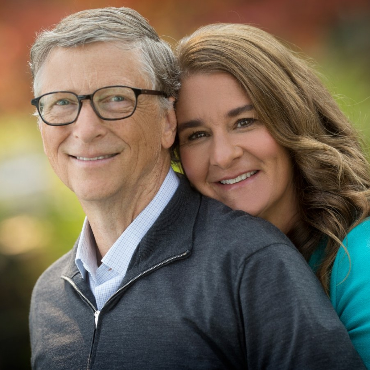 Microsoft co-founder Bill Gates quits board over investigation of 'romantic relationship' with employee