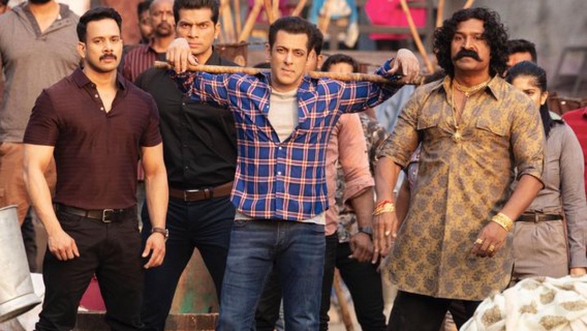 'No piracy in entertainment': Ahead of 'Radhe' release, Salman Khan shares warning