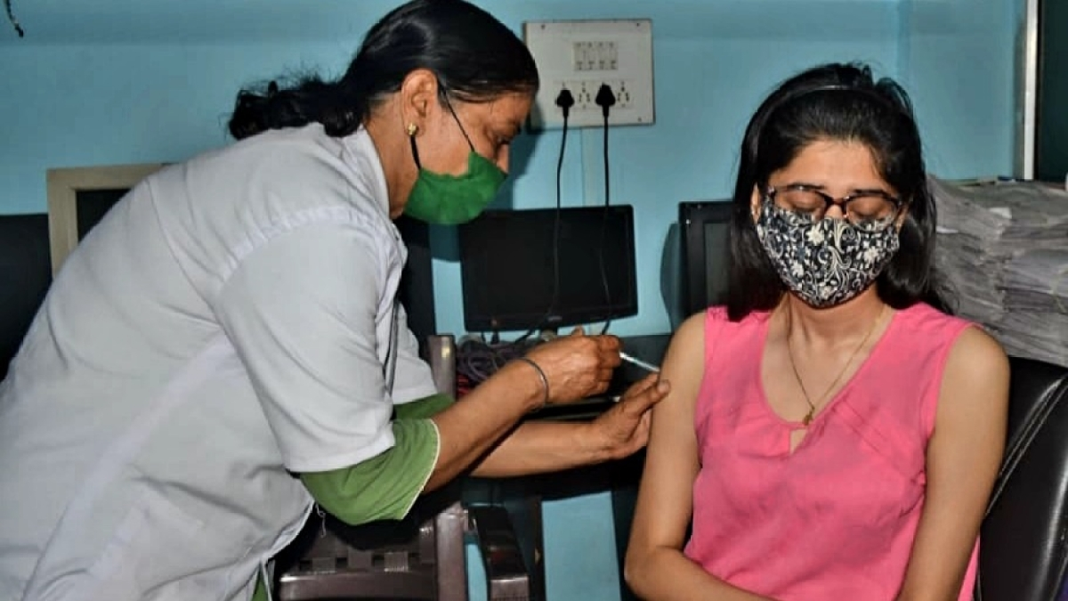Bhopal: Vial scarcity hits inoculation of above-18-year category