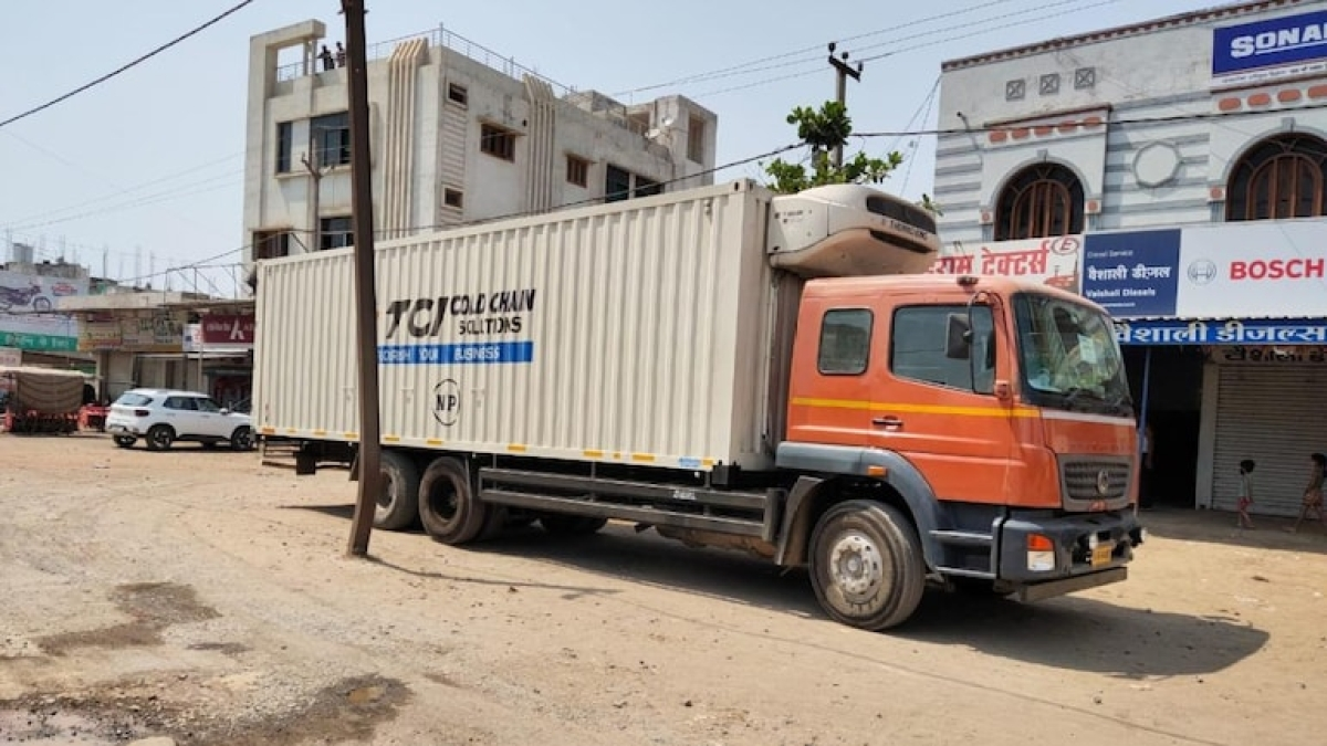 Madhya Pradesh: Truck loaded with about 2.4 lakh covid doses found abandoned in Narsinghpur