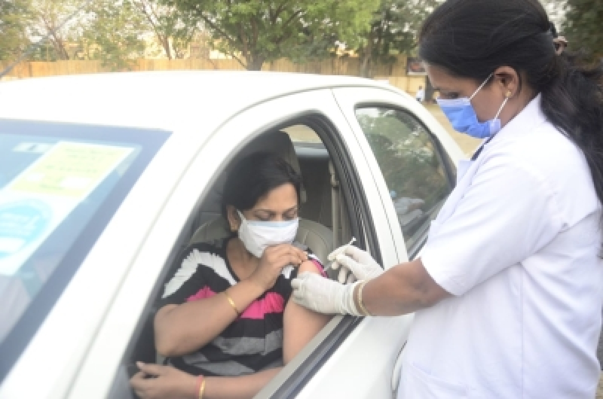 PIL in HC seeks drive-in vax centres in Delhi like Mumbai