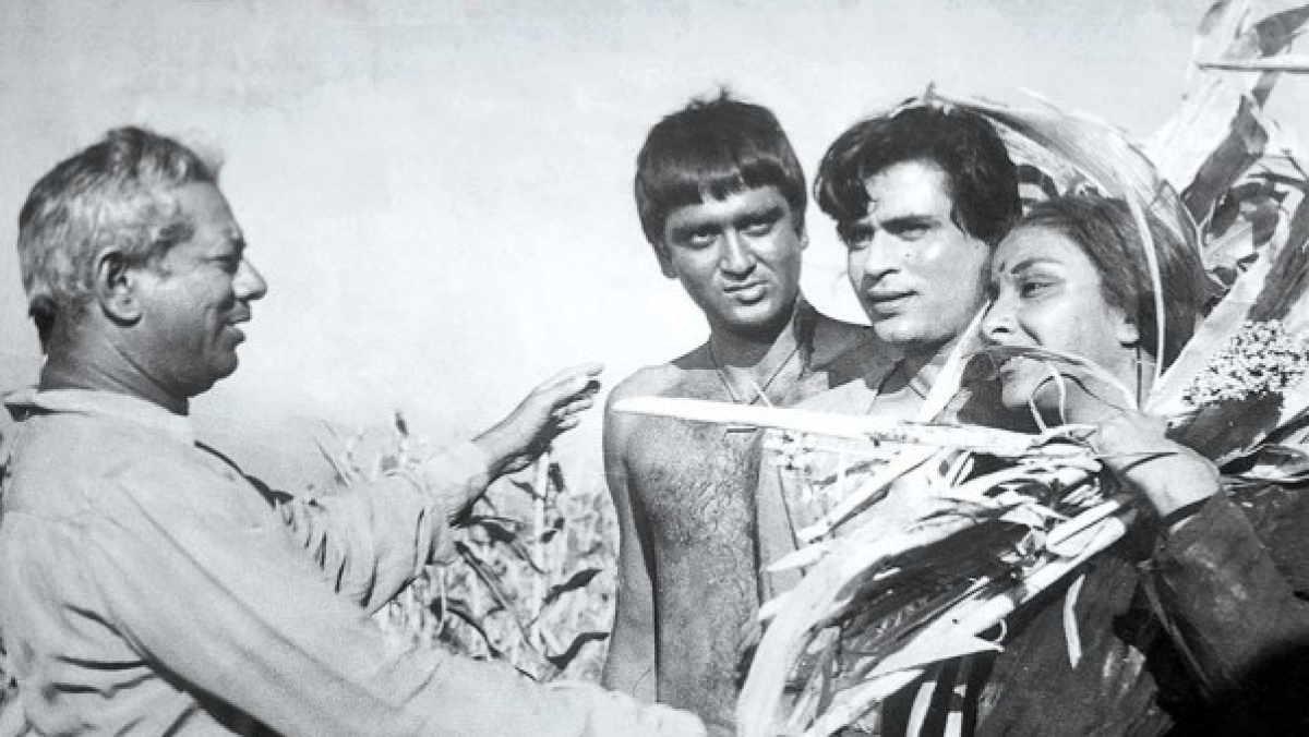 Mehboob Khan Death Anniversary: Best movies by 'Mother India' filmmaker