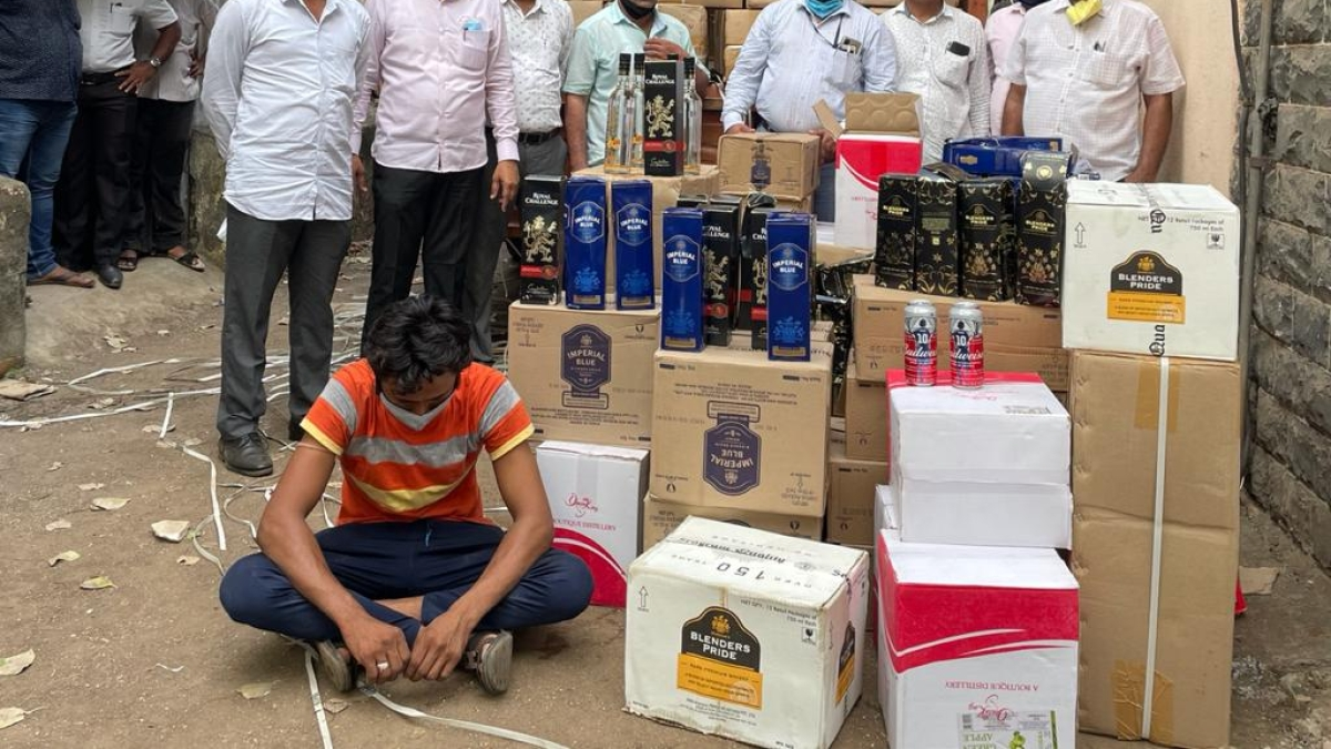 Navi Mumbai: State excise sizes Indian-made foreign liquor worth Rs 65 lakh from Kharghar