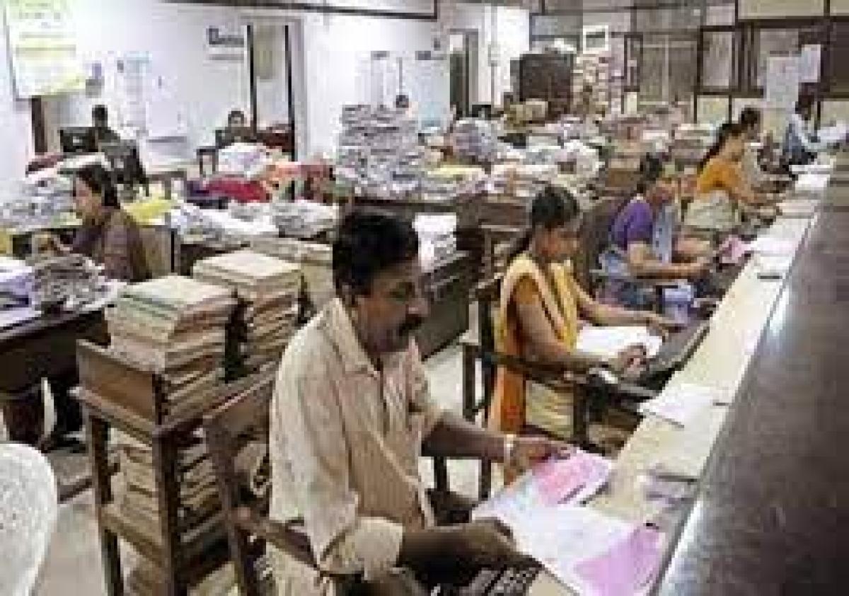 Maharashtra govt extends insurance cover/exgratia up to June 30