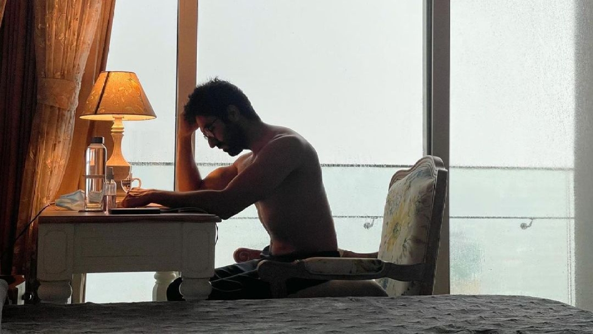 Tahira Kashyap posts shirtless photo of Ayushmann Khurrana, calls him 'hot boy'