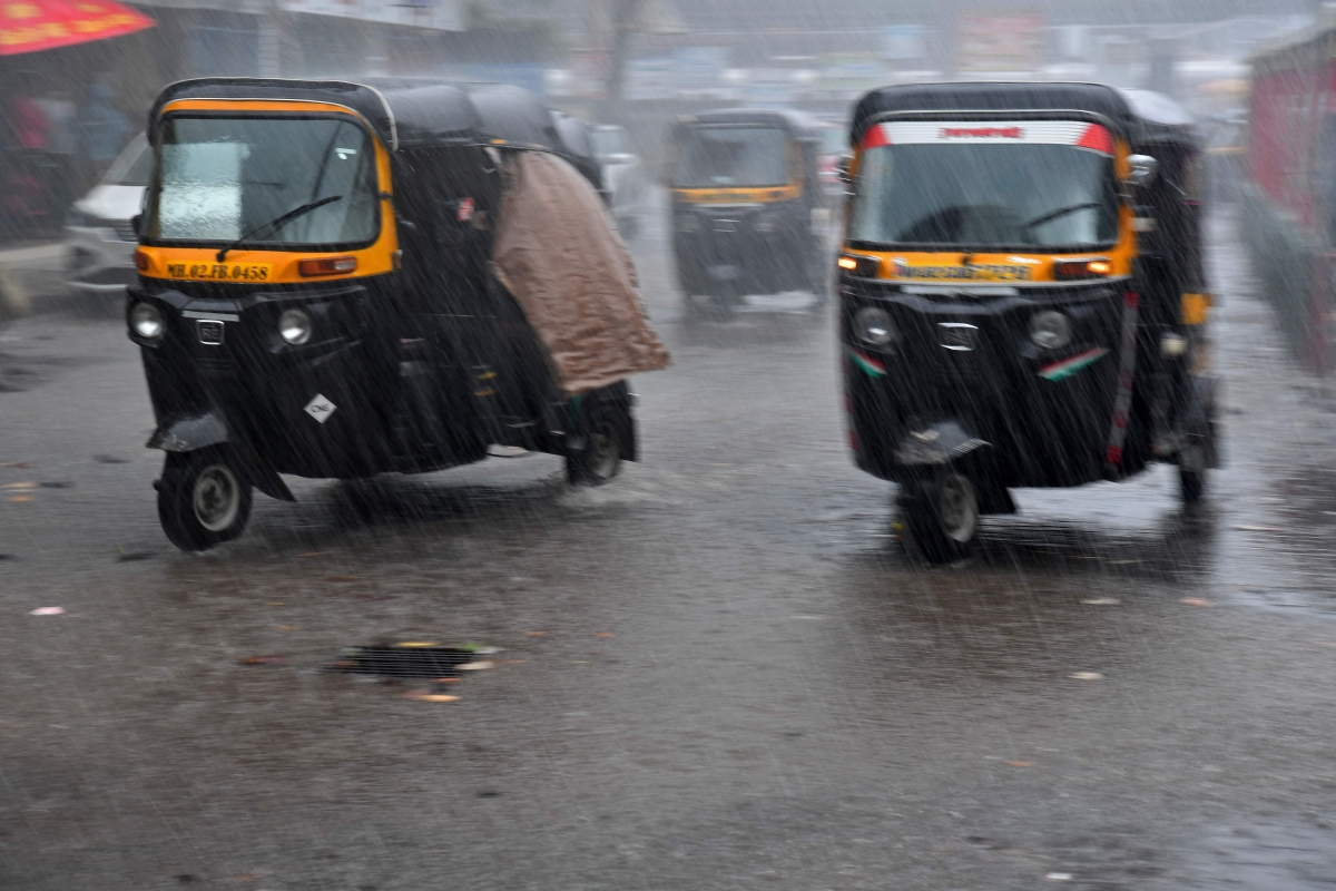 Cyclone Tauktae clocks speed of 114 kmph in Mumbai; highest recorded in the day so far
